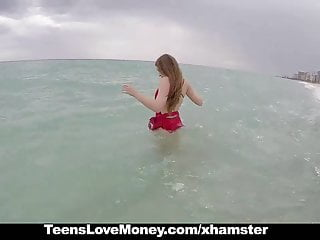Swinging heavy duty towel bars Teenslovemoney - lifeguard gets fucked on duty