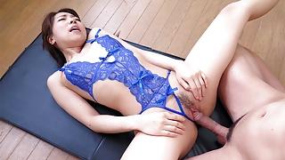 Japanese flexi gal, Koto Shizuku sucks dick, uncensored