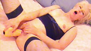 Blondes big orgasms with almost too big dildo