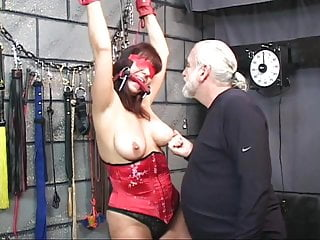 Pussy jewlery clamps - Brunette in a corset with blindfold gets her pussy tortured with clamps