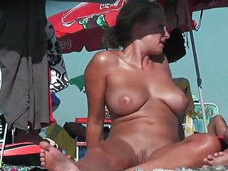 Nude girls masterbating videos - Amateur nude girls in beach showing pussy nipple 37