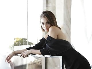 Nude pics willa holland Willa holland and danielle panabaker