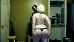 Hot Chubby Plumper Teen GF dacing her fat ass on cam