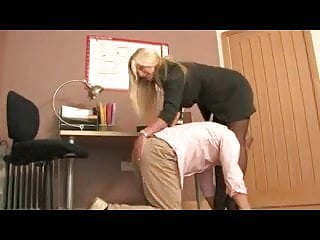 Mihi ignosce cum homine de cane debeo congredi - Femdom office domme in stockings spanks paddles canes