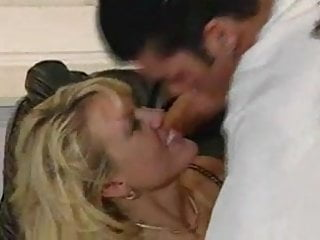 Cat can t pee Horny milf can t wait to fuck hubby