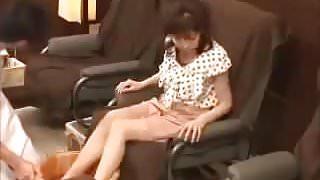 Japanese foot massage