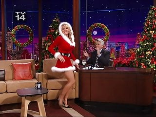Pamela anderson nude dance - Pamela anderson showing legs on the tonight show