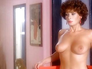 Nackt Valerie Perrine  An Interesting