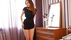 Lilly - sensual strip