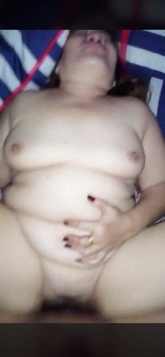 Fucking A Chubby & Fair Thai Granny