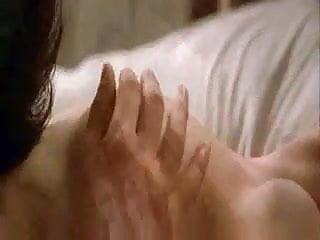 Angelina boob jolies - Angelina jolie et antonio banderas
