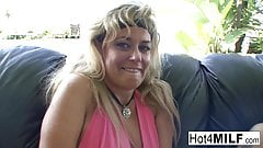 Dirty MILFs play with each other's pussies