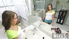 Mofos.com - Liza Rowe - Don't Break Me