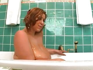 Have a bath with mommy xxx - Mommy plays with herself in the bath