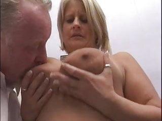 Shag a slut - Blonde milf gets a good shagging