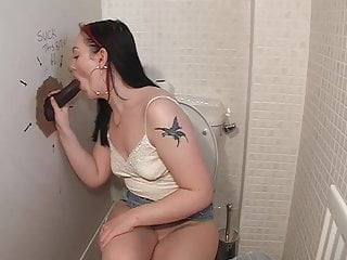 Donna derriere blowjob British slut donna gives a blowjob at a glory hole
