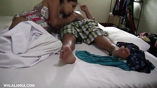 Sri lankan hot couple fucking on bed and cum in pussy