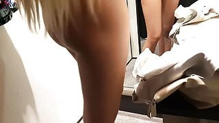 Gf shows sexy ass in fitting room