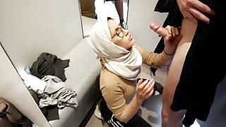 Arab cumslut worships English cock