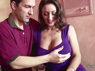 Fucking natural tit - Big natural tit mom seduce to fuck her hairy pussy