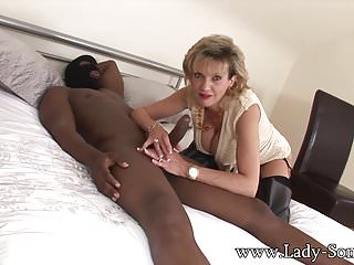 Fuck this lady - Lady sonia fucking bbc in cuckold session