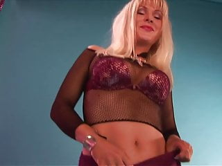 Blonde on floor gets fucked Big boobs dame gets hammered hardcore on the floor