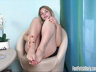 Sexy foot photo Carolyn foot fetish living photos