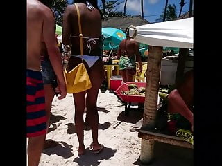 Bikini usa com - Gatas com belos biquinis socados
