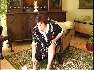 Big fat granny porn Fat granny masturbating 2