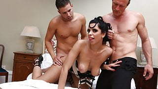 Gorgeous lingerie model devours two big cocks