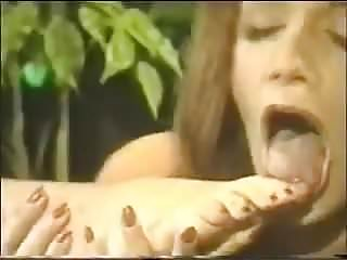Lesbo foot sex Lesbo sole licking