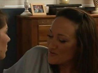 Freeporn lesbian - My aunt is hot