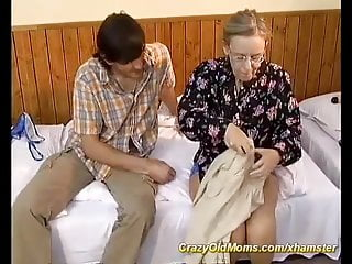 Extremely hairy ass - Extreme hairy mom needs deep anal sex