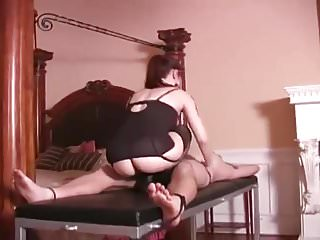 Sex hurt why Mistresss loves hurting balls