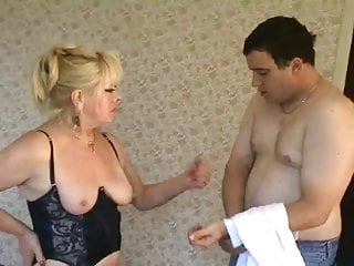 Femdom tgp muscled domme Blonde milf domme in stockings face sits