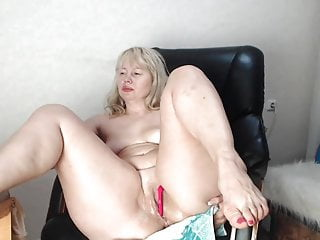Sexy fox ladies Mature lady fox gets down to business