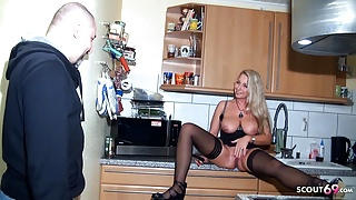 Creampie Drip after getting caught and Fucked – German Mature Jenny