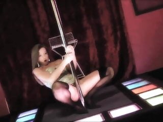 Long hair niece sucks cock story Long haired stripper on her knees sucks two cocks at the same time