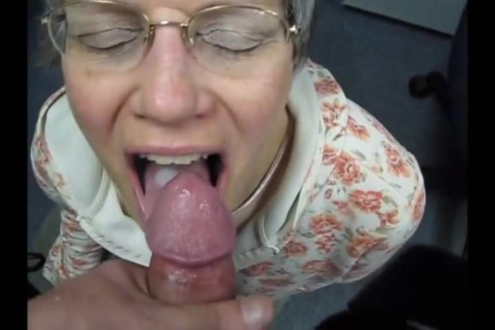 Amateur Handjob Cum Swallow