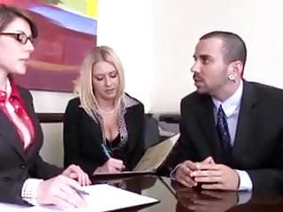 Sex linded traits Comment le patron traite ses employees