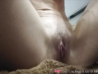 Dry shaving pussy French woman shaving pussy and ass on vends-ta-culotte