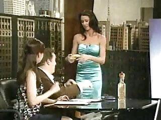 Shannon elizabeth nude video sex Shannon elizabeth - demonstrating on a banana