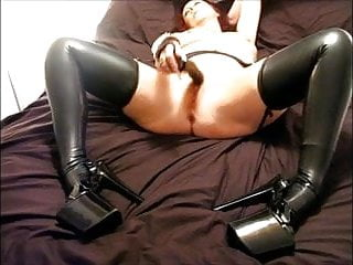 Mature milf latex Mature Jilly King In Latex Outfit And Boots Pichunter