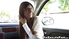 Arab chick Mia Khalifa wants monster black cock inside her