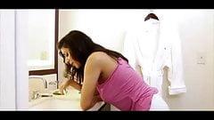 India gf brushing her