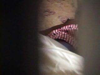 Masterbation fucking the bed - Hidden in bed masterbation