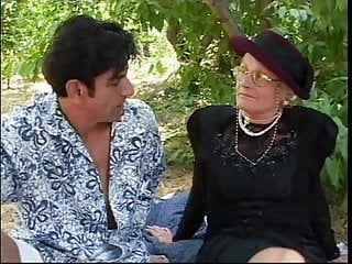 Fucking mature older sucking woman - Older woman meets stud in park, sucks his hard cock and then fuck