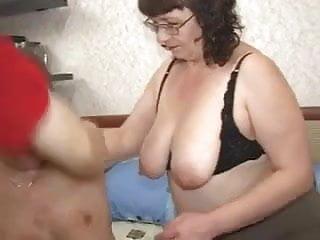 Mofosex midget man Plump granny and young man
