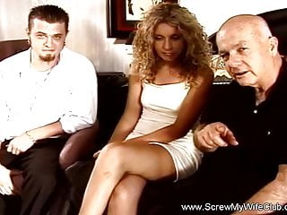 Swinger arousal - Arousing sex session of swingers