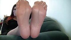 SEXY NYLON FEET AND SOLES